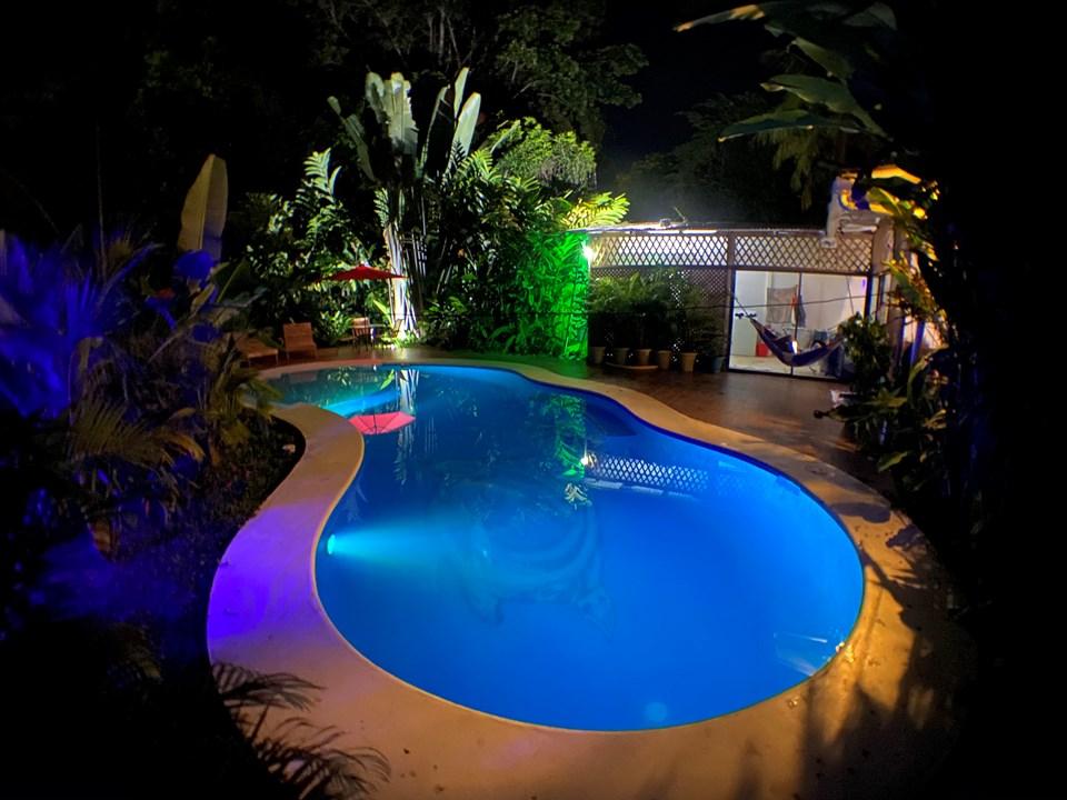 Casa Vacacional con Piscina en Puerto Viejo (Playa Cocles)
